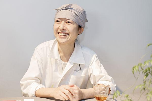岩柳麻子(パティシエール)のwiki経歴や結婚(夫・子供)、店や宝石のパフェの画像は?【セブンルール】