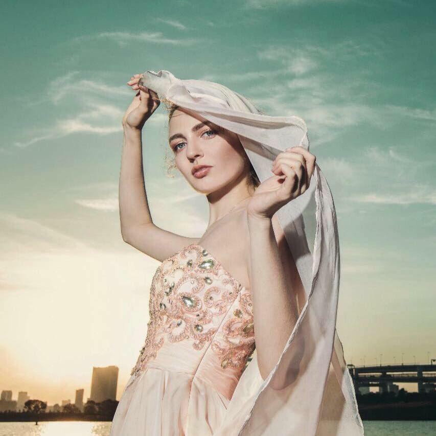 アレクサンドラ(ロシア人モデル)のwiki経歴や画像、彼氏やスリーサイズ・カップは?
