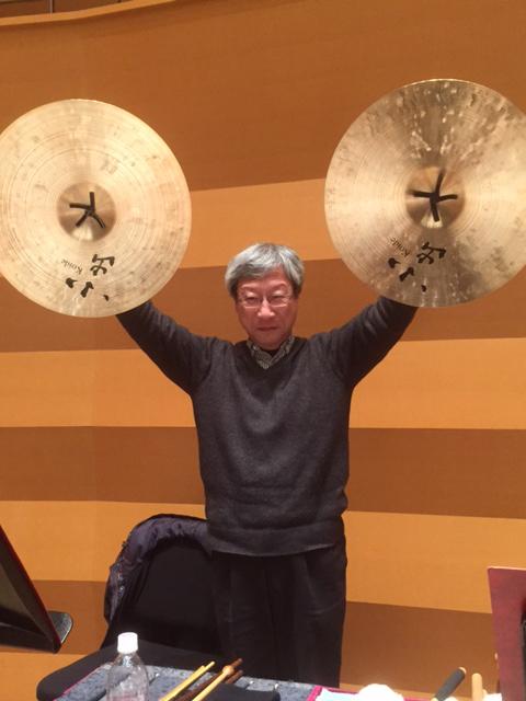 福島喜裕(シンバル奏者)の経歴や所属、年収や評価・評判、使用シンバルメーカーは?